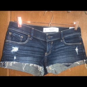 abercrombie and fitch size 2 Waist 26